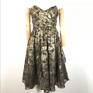 french connection dress sweetheart Neckline